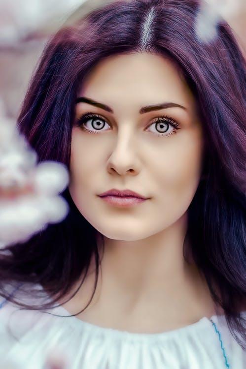 2017 makeup trends dewy complexion