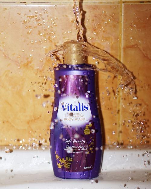 vitalis body wash sof beauty, mandi parfum  mandi keharuman, vitalis body wash, sabun kecantikan, glamor