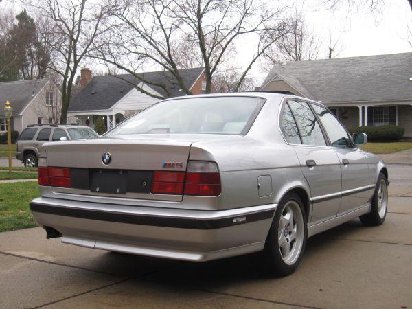 1991 BMW M5 – $10000 (Dearborn Heights, MI) – Groosh's Garage