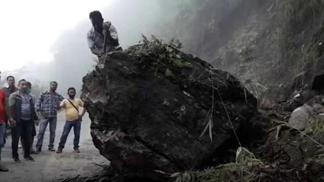 Heavy rains trigger landslide in West Bengal's Darjeeling, no casualty reported