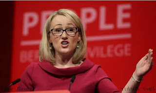 "Labor MPs, including Jeremy Corbyn, expressed concern over meeting with party leaders   Rebecca Long-Bailey's dismissal provides a rallying point for those who criticize the Care Star leadership, urging friends to leave Labor MPs, including John McDonnell, ""don't organize"".    McDonnell and Jeremy Corbyn were among lawmakers who met with Starr on Friday morning to voice their concerns."