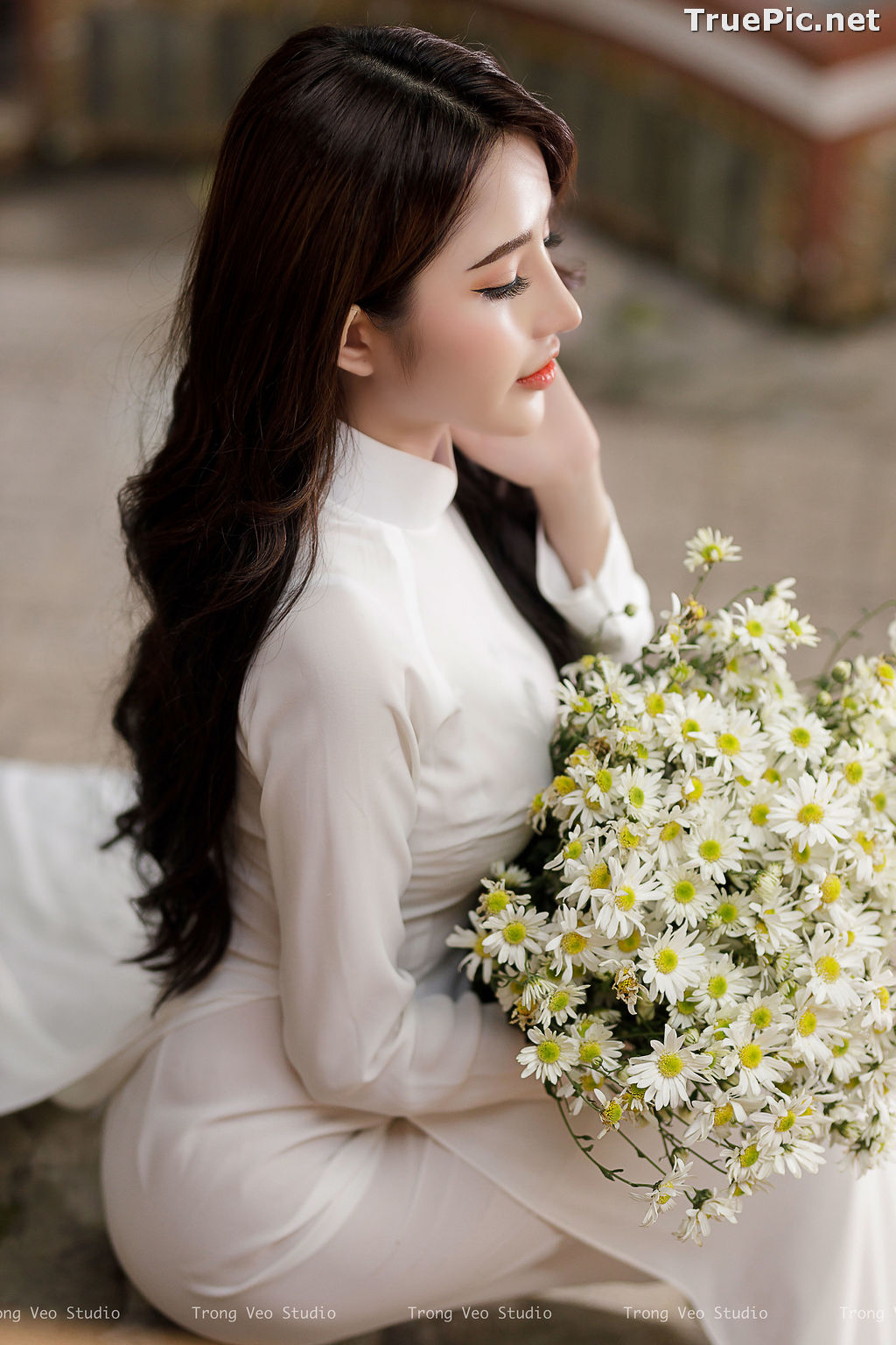 Image The Beauty of Vietnamese Girls with Traditional Dress (Ao Dai) #3 - TruePic.net - Picture-2