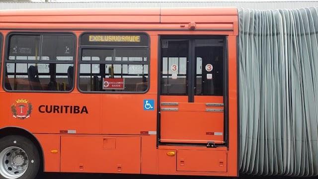 Curitiba cria linha de ônibus exclusiva para a área da saúde