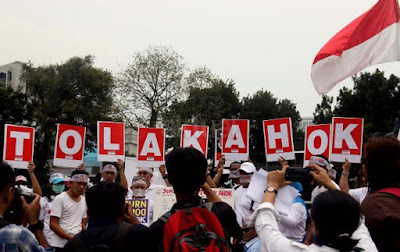 Koalisi Buruh Serukan Warga Jakarta Tolak Pilih Ahok