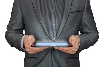 شركة هواوي تطلق أول هاتف ذكي قابل للطي بشاشة مرنة