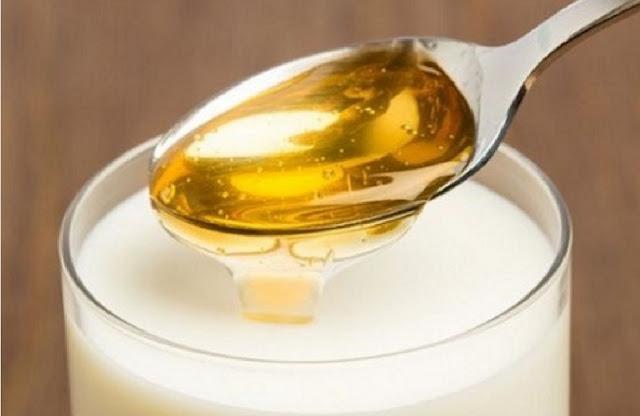 http://www.katasaya.net/2016/08/manfaat-kesehatan-campuran-madu-dan-susu.html