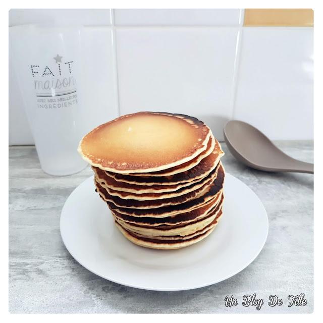 http://www.unblogdefille.fr/2020/04/recette-pancakes-avec-ou-sans-thermomix.html
