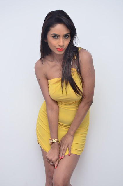 Actress Pooja Sri Hot Stills