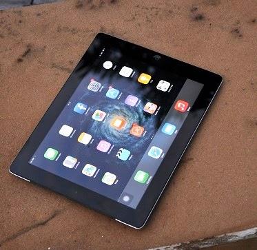 iPad 2  32GB Wi-Fi + 3G  Second