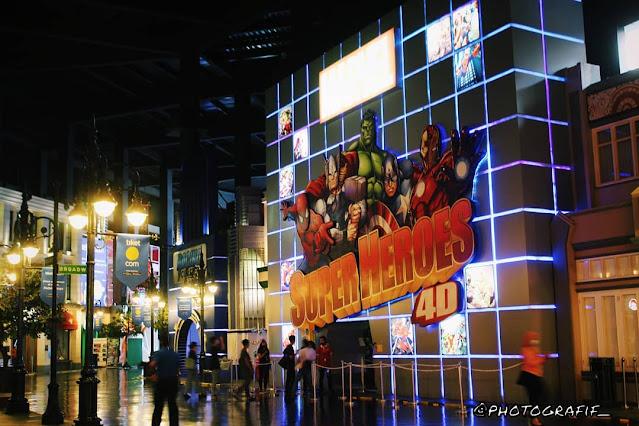 MARVEL Superheroes 4D