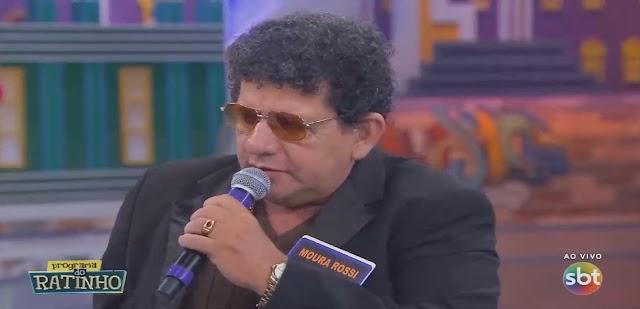 Cantor Limoeirense Moura Rossi da show no Programa do Ratinho