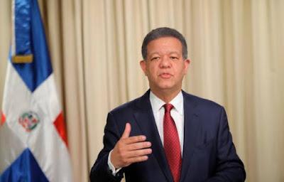 Expresidente Leonel Fernández abandona el PLD