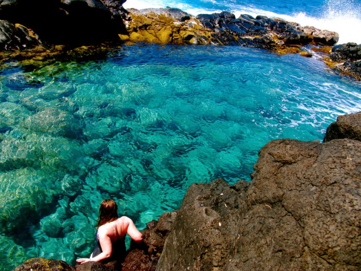 1. Queen's Bath, Kauaʻi, Hawaii - Top 10 Natural Pools