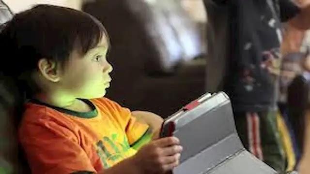أفضل 9 تطبيقات اندرويد خاصة بالأطفال للحفاظ على ترفيه أطفالك وتمتيعهم
