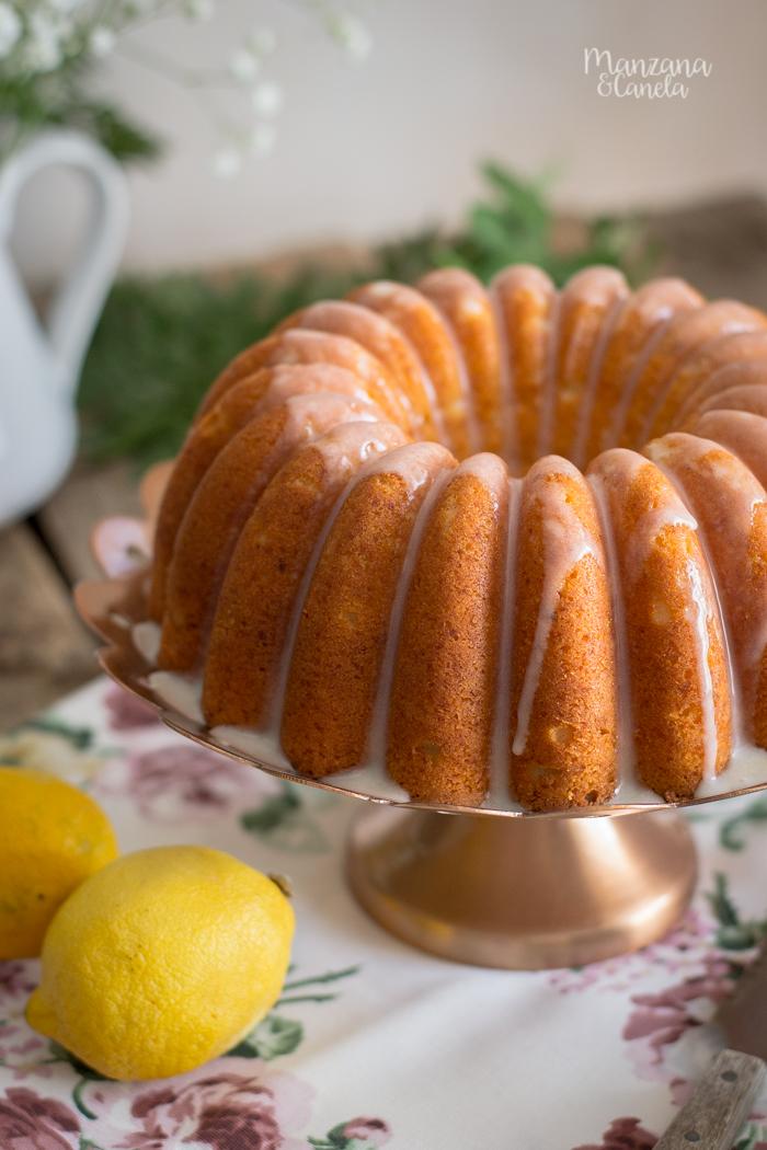 Bizcocho de limón y requesón. Receta muy fácil.