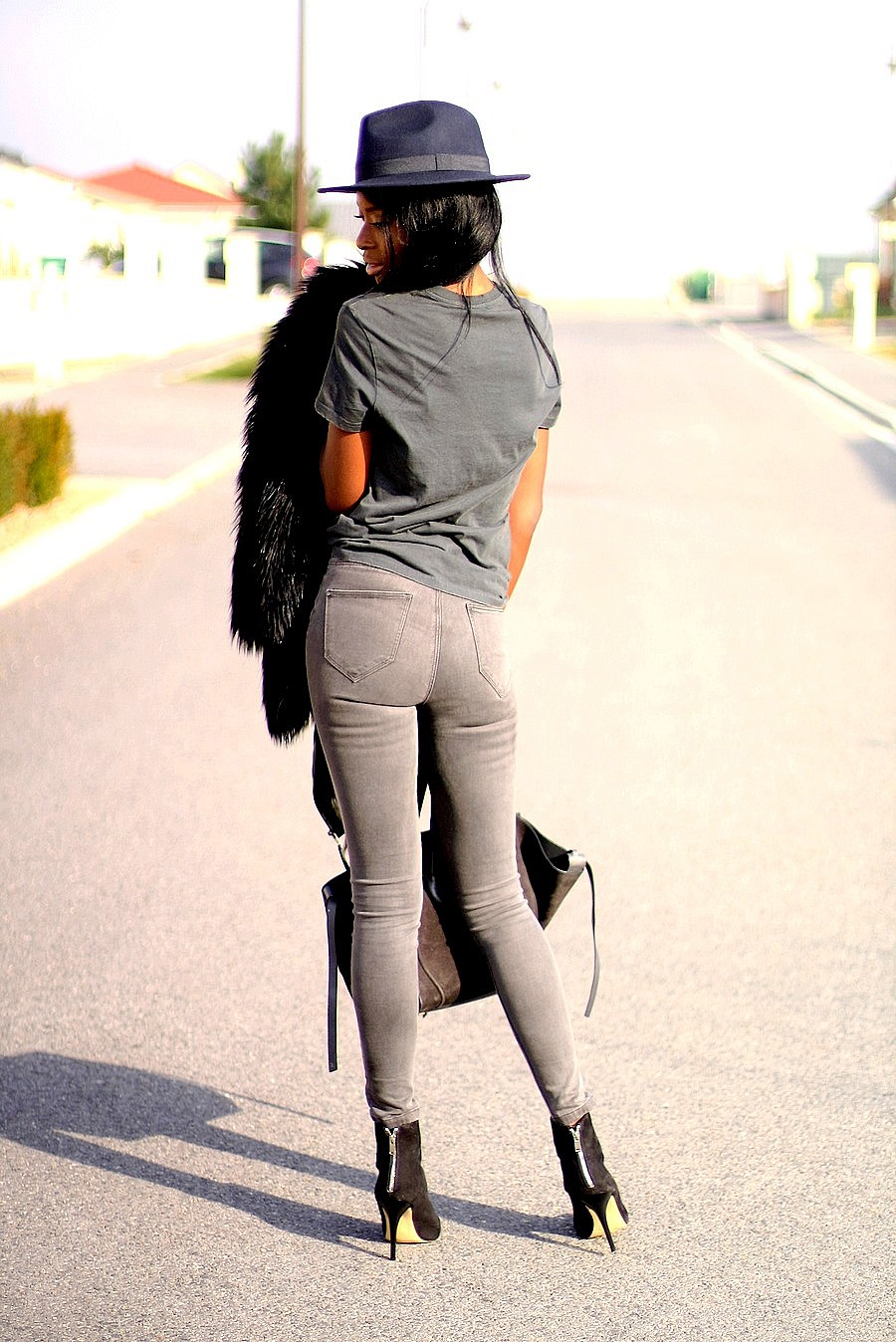 sexy-back-ootd-stylesbyassitan