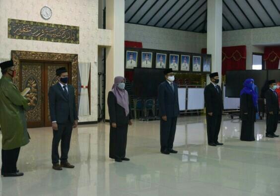 Pengambilan Sumpah Dewan Pengawas Perusahaan Milik Daerah Pemkab Jember.
