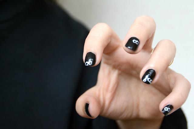 Nail art Halloween simplicisme
