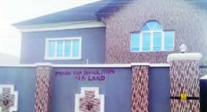 Soldiers Mark 49 Houses For Demolition In Ibadan