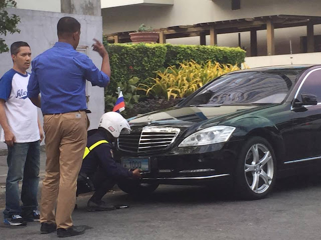 Security officer caught removing diplomatic plate of Russian diplomat