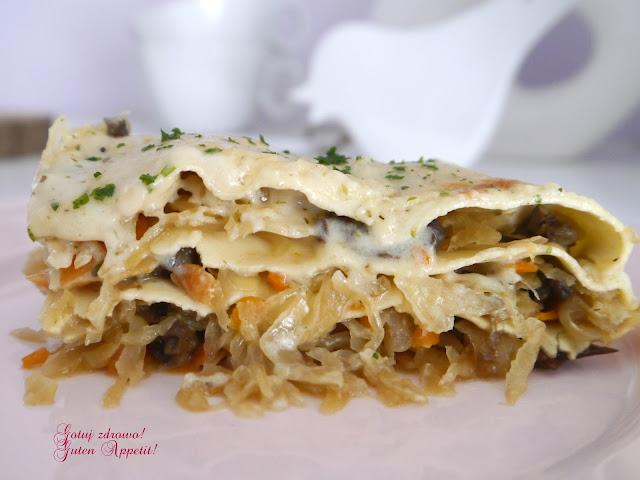 Lazania (lasagne) z kiszoną kapustą i grzybami - Czytaj więcej »
