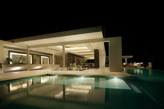 Picture of modern villa at night