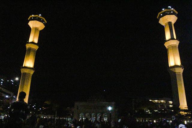 alamat Alun-alun Bandung, Alun-alun Bandung di Malam hari, sejarah Alun-alun Bandung, Alun-alun Bandung sekarang