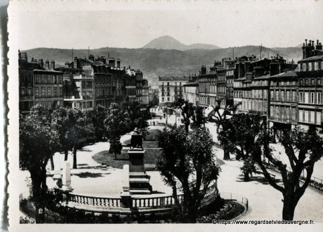 Photo ancienne de Clermont-Ferrand square Blaise-Pascal