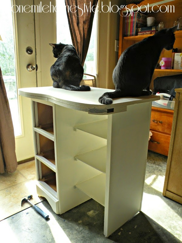 Vintage desk makeover - Cat assistants