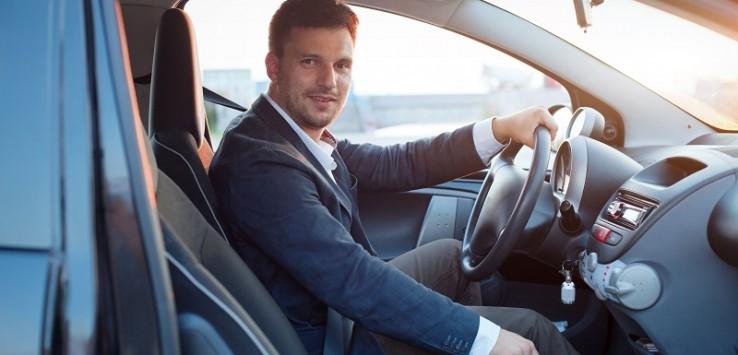 Resultado de imagem para motorista de uber