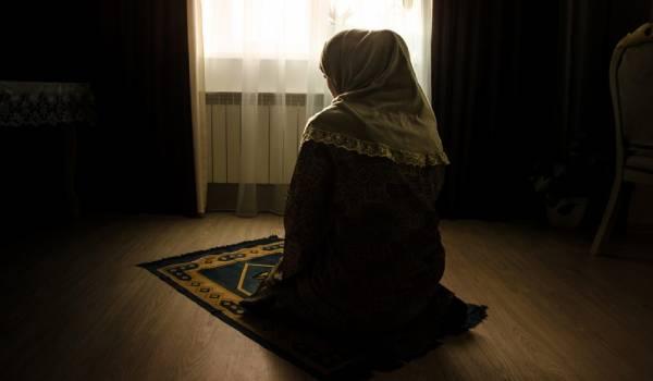 تقرير ازداد إقبال النساء العربيات على الصلاة خلال جائحة كورونا