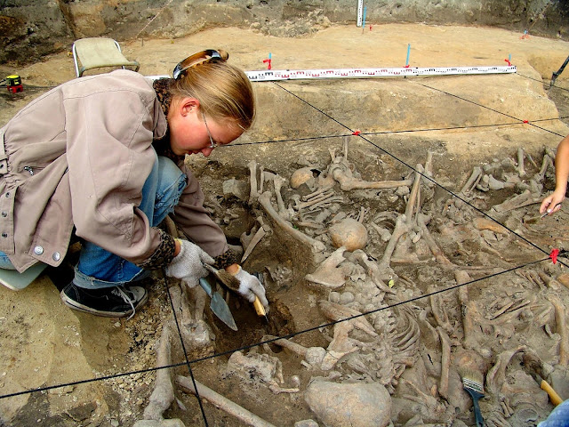 13th century mass graves filled with victims of Mongol invaders found in Russia