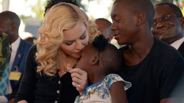 Video: Madonna at opening of children's wing of Malawi hospital