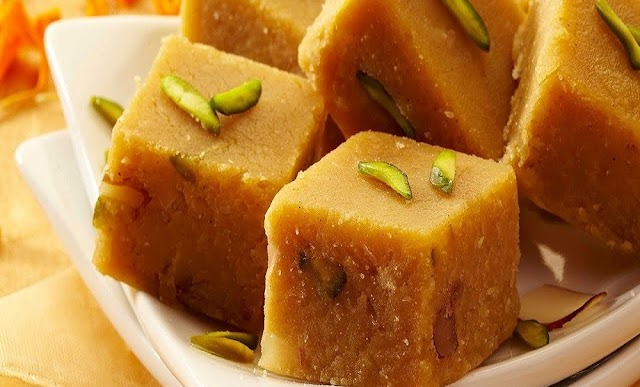 Besan Barfi Recipe in Hindi