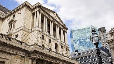 Nem módosította alapkamatát a Bank of England