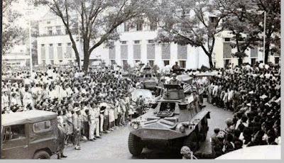 Pemakamam jenazah para perwira TNI pada tanggal 5 Oktober 1965 - berbagaireviews.com