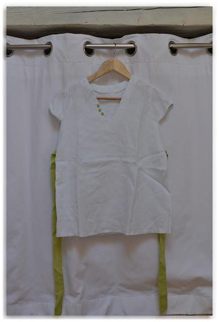 tunique en lin blanc et vert clair
