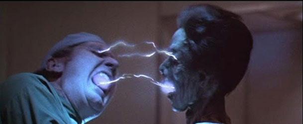 Lifeforce (Fuerza Vital) una película de Tobe Hooper rodada en el año 1985.