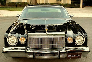 1975 Chrysler Cordoba Front