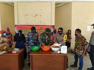 Polsek Singkep Barat Dirikan Dapur Umum di Desa Marok Tua