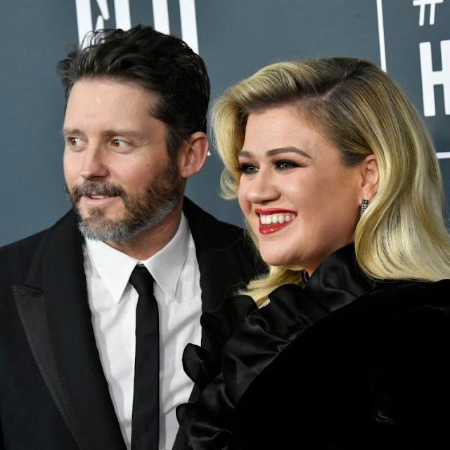 """Kelly Clarkson & Brandon Blackstock's divorce gets messier; Singer alleges that the talent agent defrauded her"""