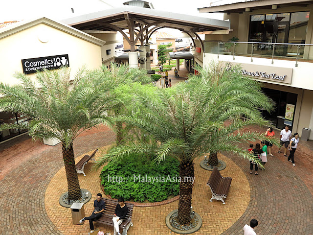 Gambar Johor Premium Outlets