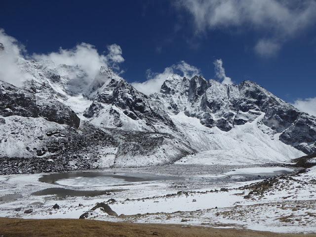 lago di renjo ghiacciato