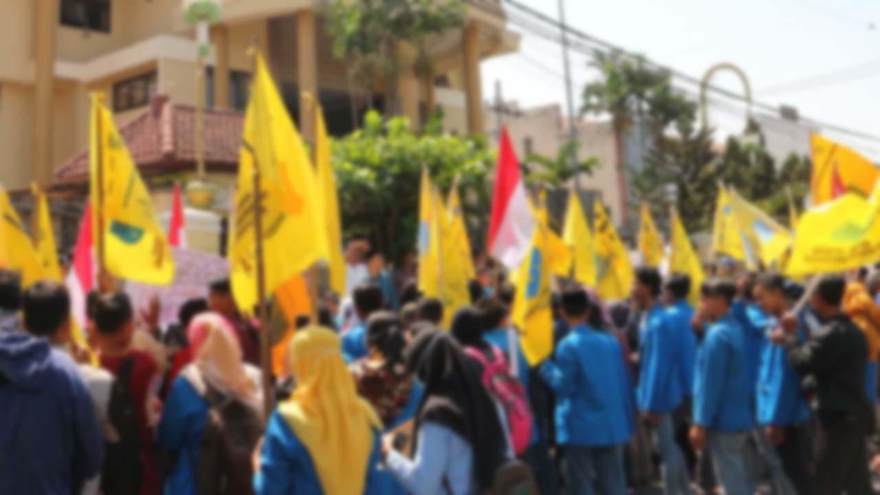 Dipuji Dandim dan Kapolres PC PMII Kab Pekalongan Gelar Aksi Demo Menolak UU Cipta Kerja Dengan Damai