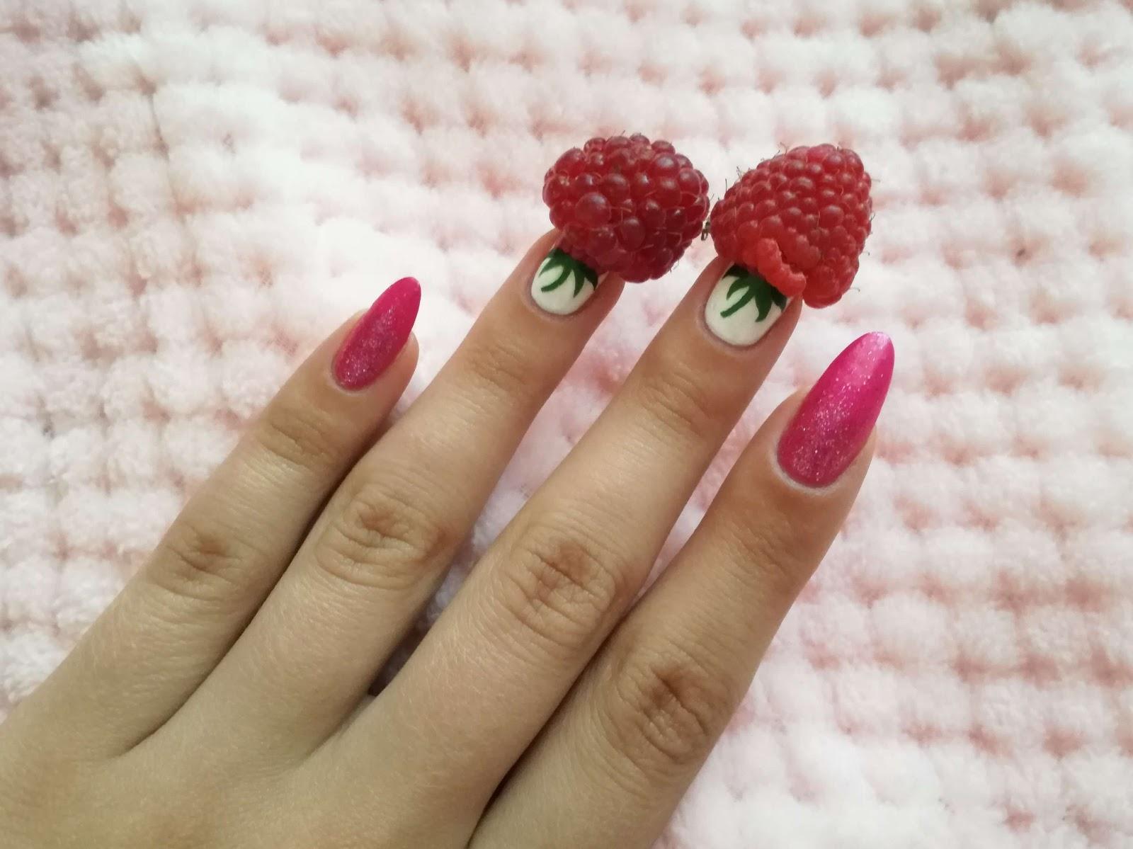 paznokcie i prawdziwe maliny
