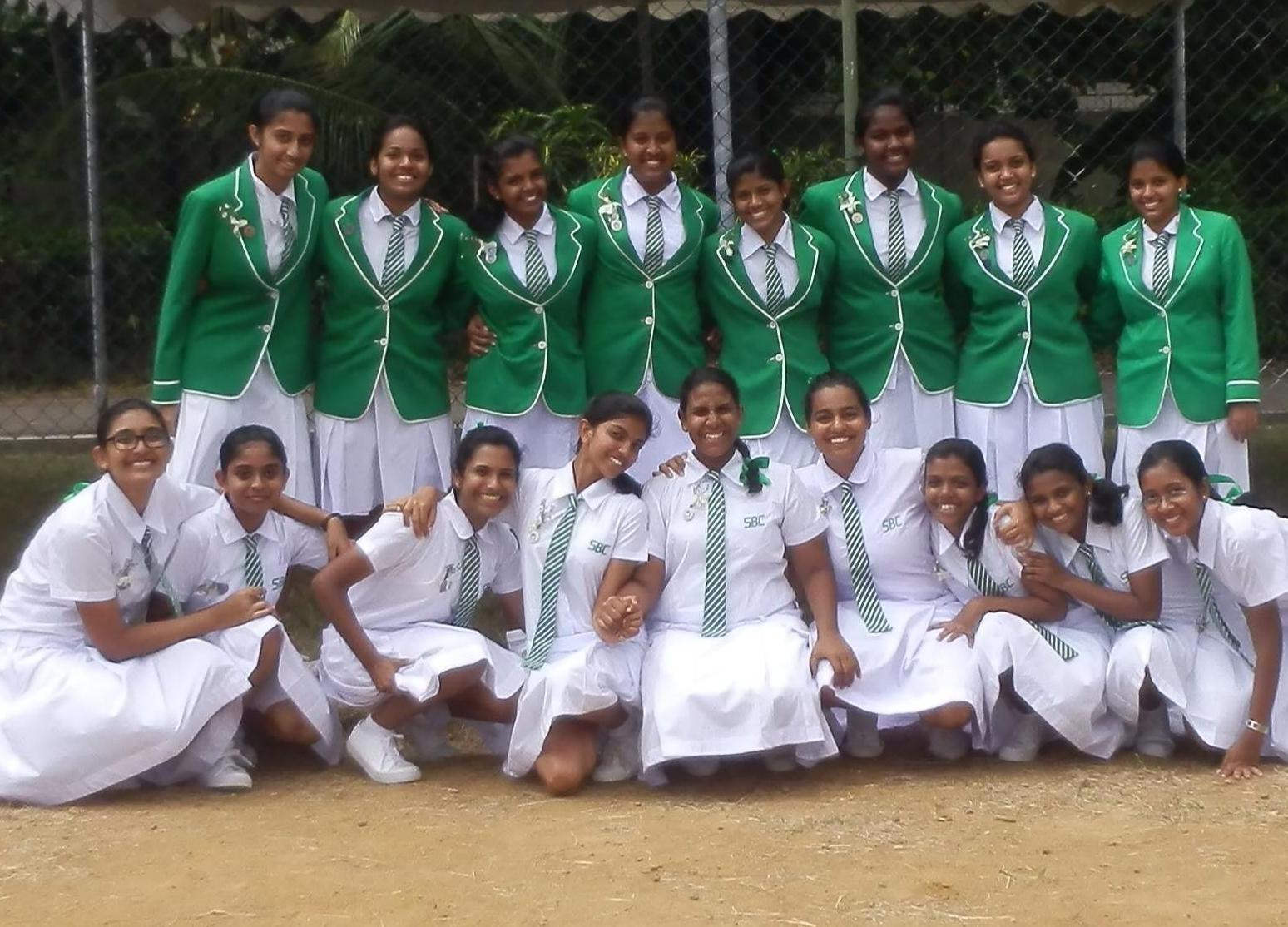 Sri Lankan School Girls - 3  Sri Lankan  Desi Indian Girls-5355