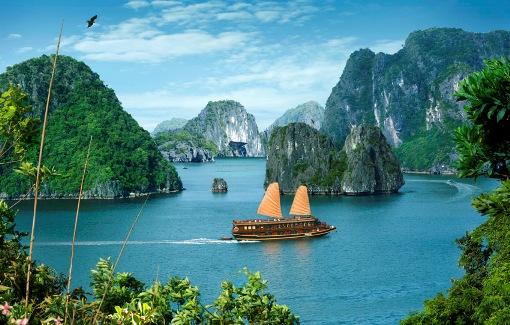 Diễn đàn rao vặt: Du lịch Hạ Long cần biết những điều gì? Th-Ha_long