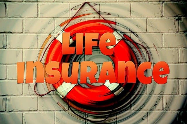 What is the best age to buy life insurance?