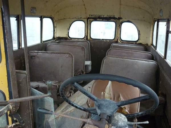 Insomniac Garage: Catch the Short Bus: 1947 Ford Vanette school bus