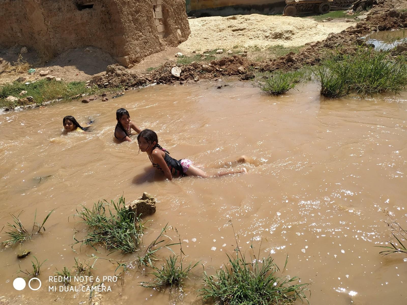 Uludüz kırsal Mahallesi su altında